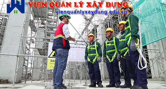 Đối tượng cần có chứng chỉ an toàn lao động được quy định rõ tại Điều 14, Luật an toàn vệ sinh lao động.