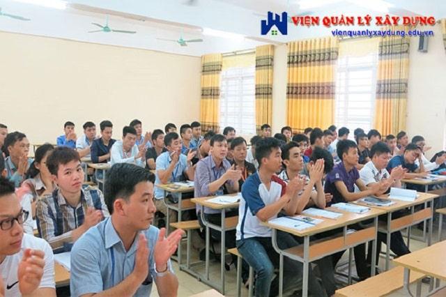 Lớp học an toàn lao động tại TPHCM