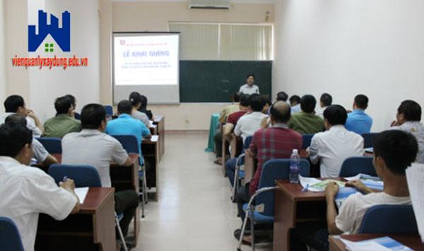 Lớp học kỹ sư định giá tại Hà Nội