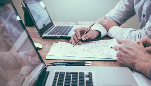 Quá trình thẩm định tài liệu và kế hoạch đấu thầu