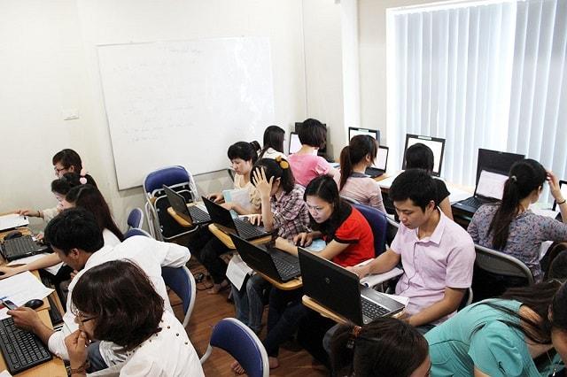 Làm thế nào để tìm được một khóa học kế toán trưởng tại Nha Trang uy tín, chất lượng?
